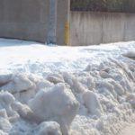 雪道運転は急な操作は行わない、スピードは控えめに、過信禁物!